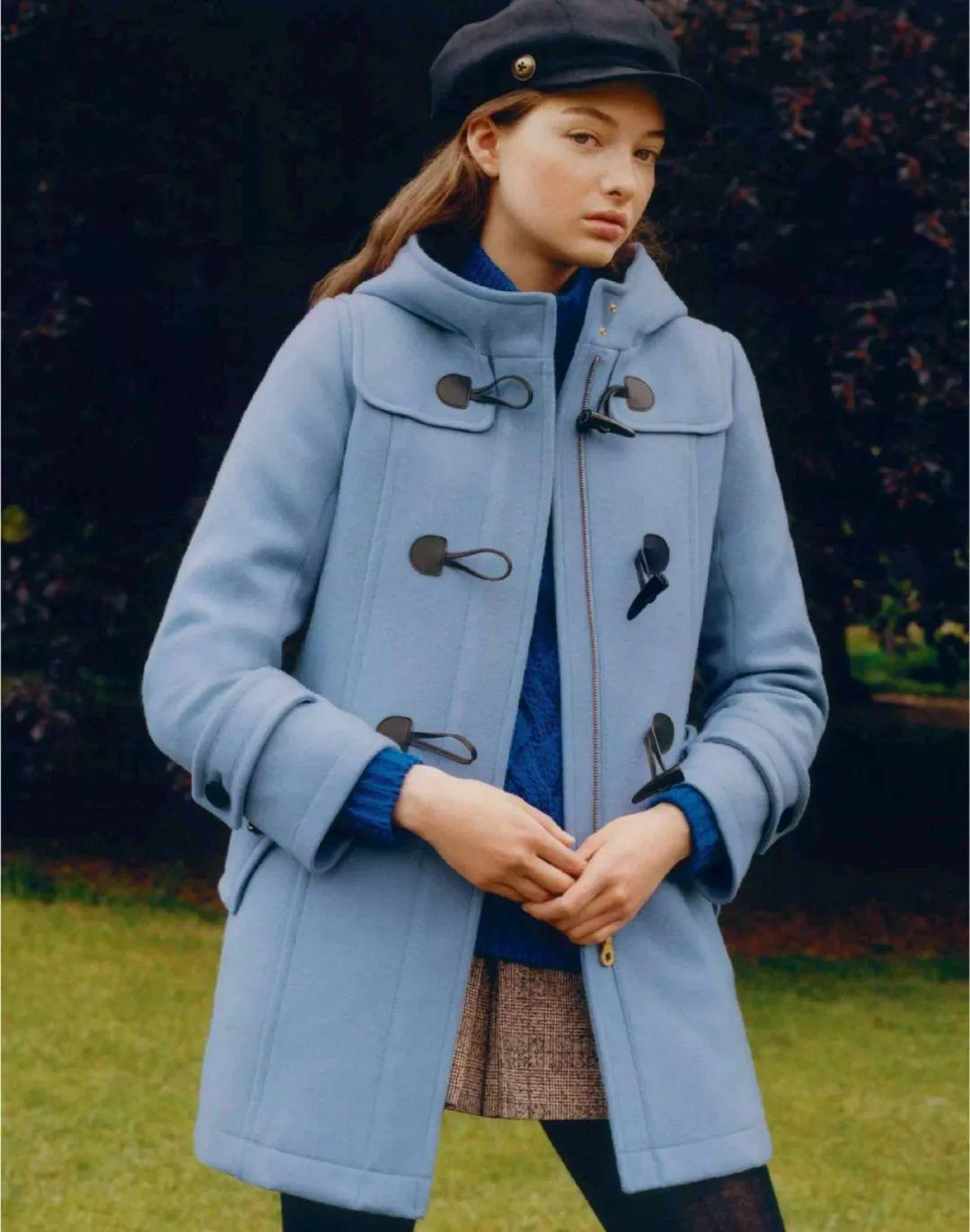 最值得投资的大衣,除了黑驼灰,还有这两个色