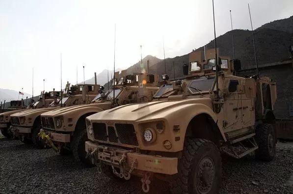 打伊拉克花了超3万亿,打阿富汗买路钱花几十亿.....最近,美军开始为300亿发愁